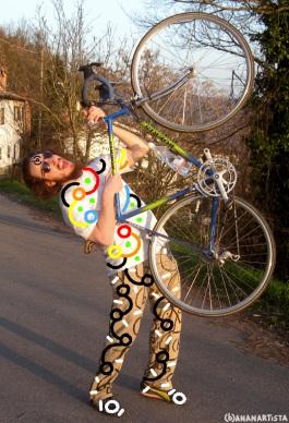 (b)ananartista with bike
