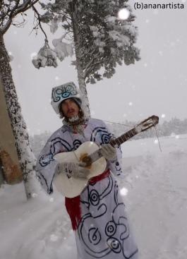 (b)ananartista SBUFF - snowstorm singer