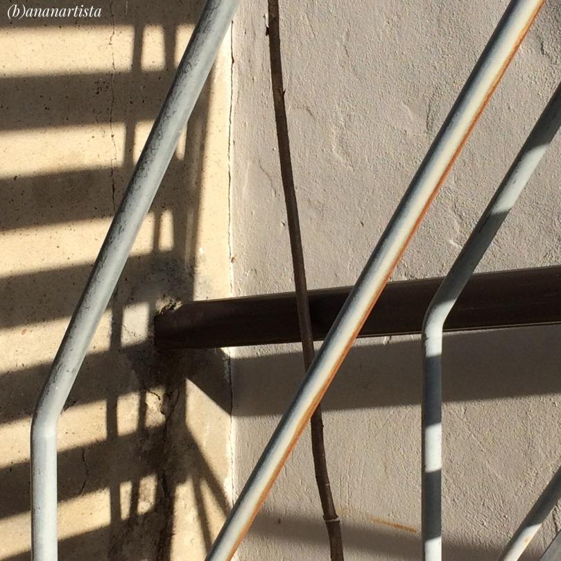 fotografia che illustra la mutevolezza delle ombre