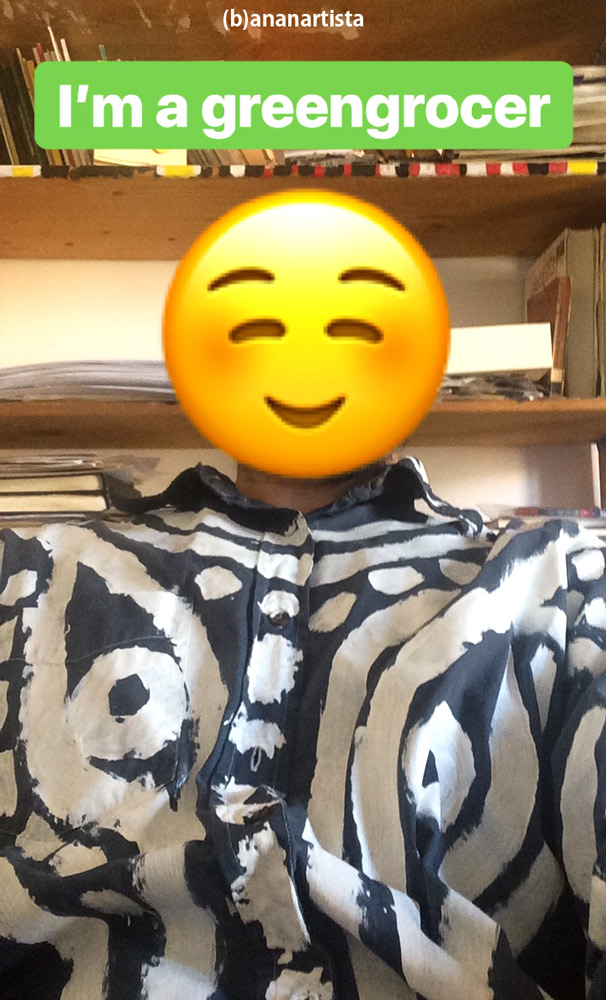 I'm a greengrocer: (b)ananartista sbuff emoji selfie