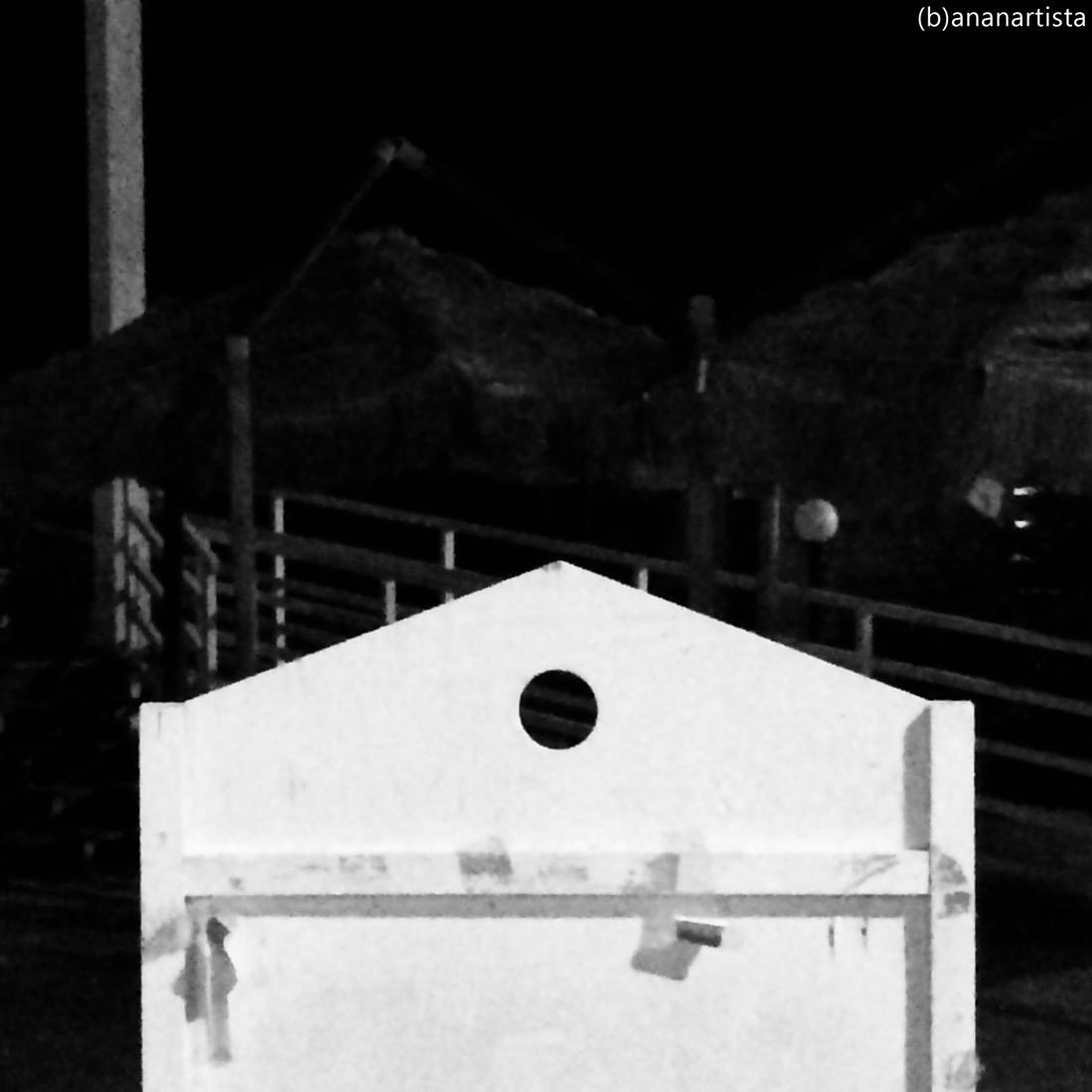 discrasia: fotografia in bianco e nero di (b)ananartista sbuff