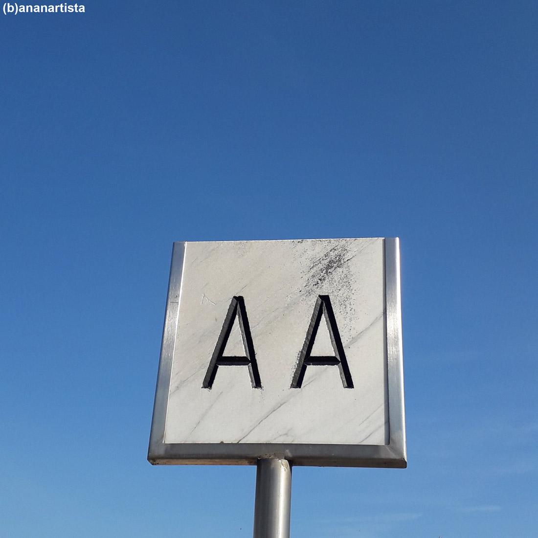 AA cercasi: fotografia di (b)ananartista sbuff