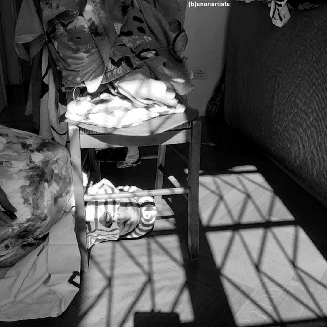 autoritratto: fotografia e performance di (b)ananartista sbuff