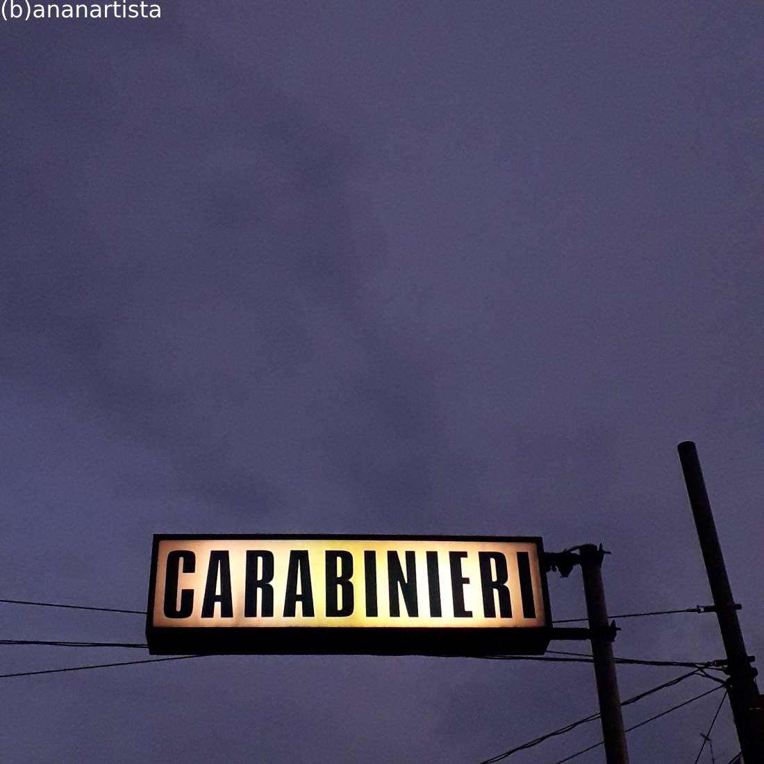 carabinieri : fotografia di (b)ananartista sbuff