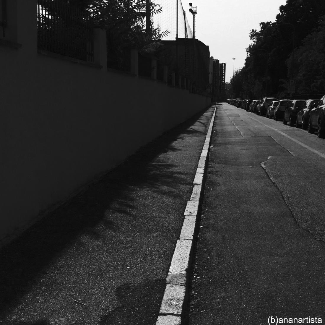 infinito assente fotografia di (b)ananartista sbuff strada
